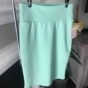 "NWT Lularoe ""Cassie"" pencil skirt in green"
